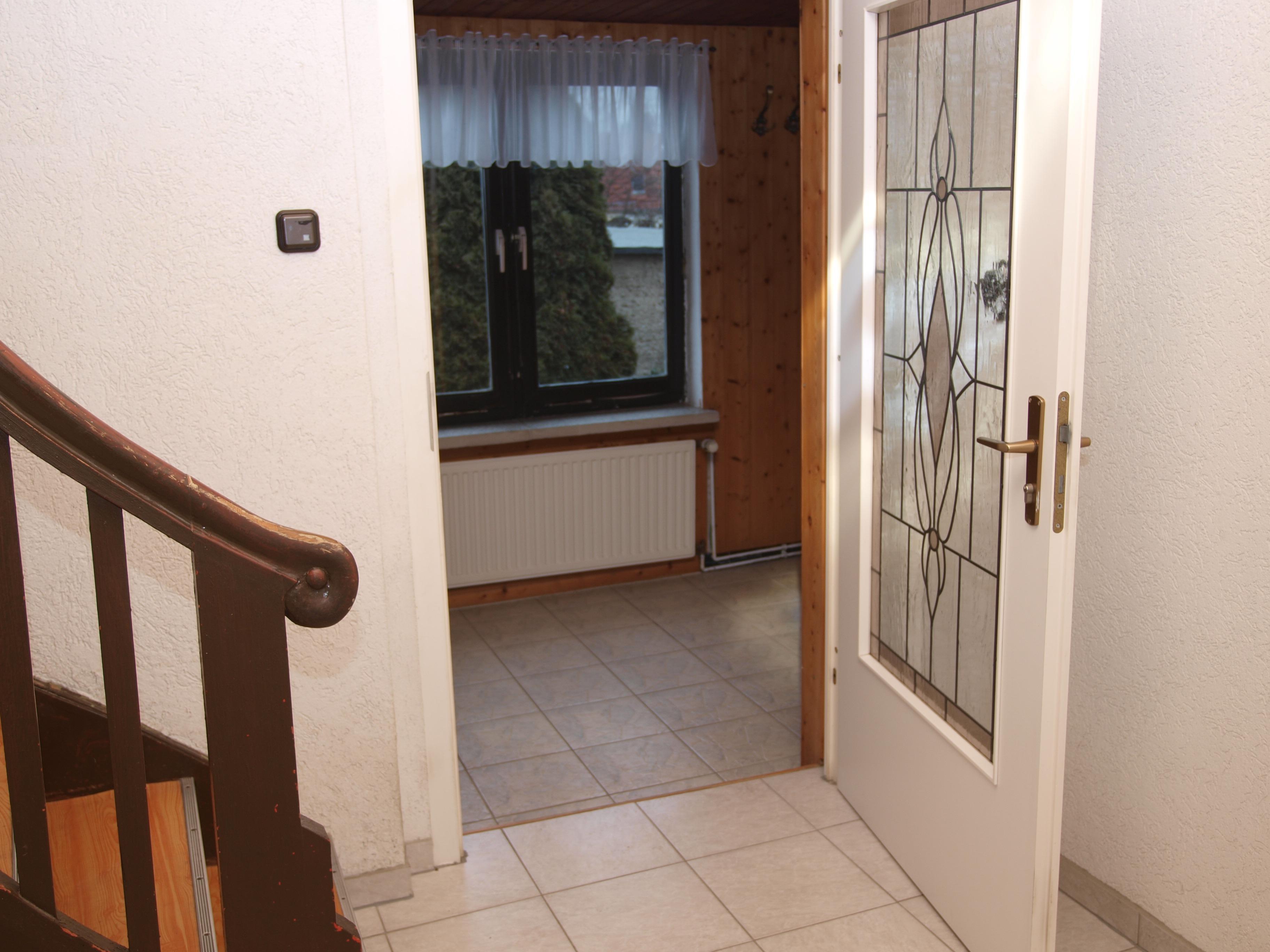 Einfamilienhaus Wörmlitz - heller freundlicher Eingangsbereich