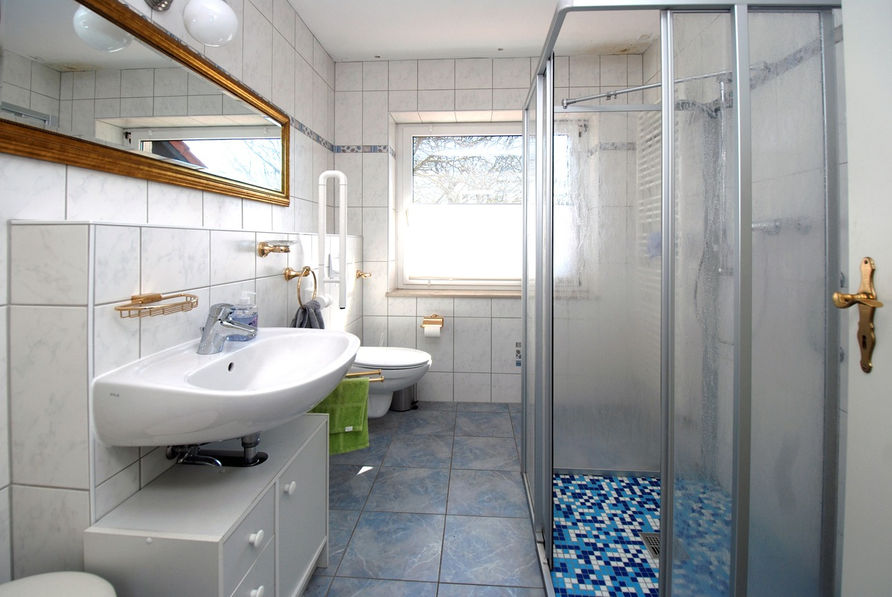 Einfamilienhaus Freist - Bad im EG