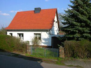 Einfamilienhaus Freist - Straßenansicht
