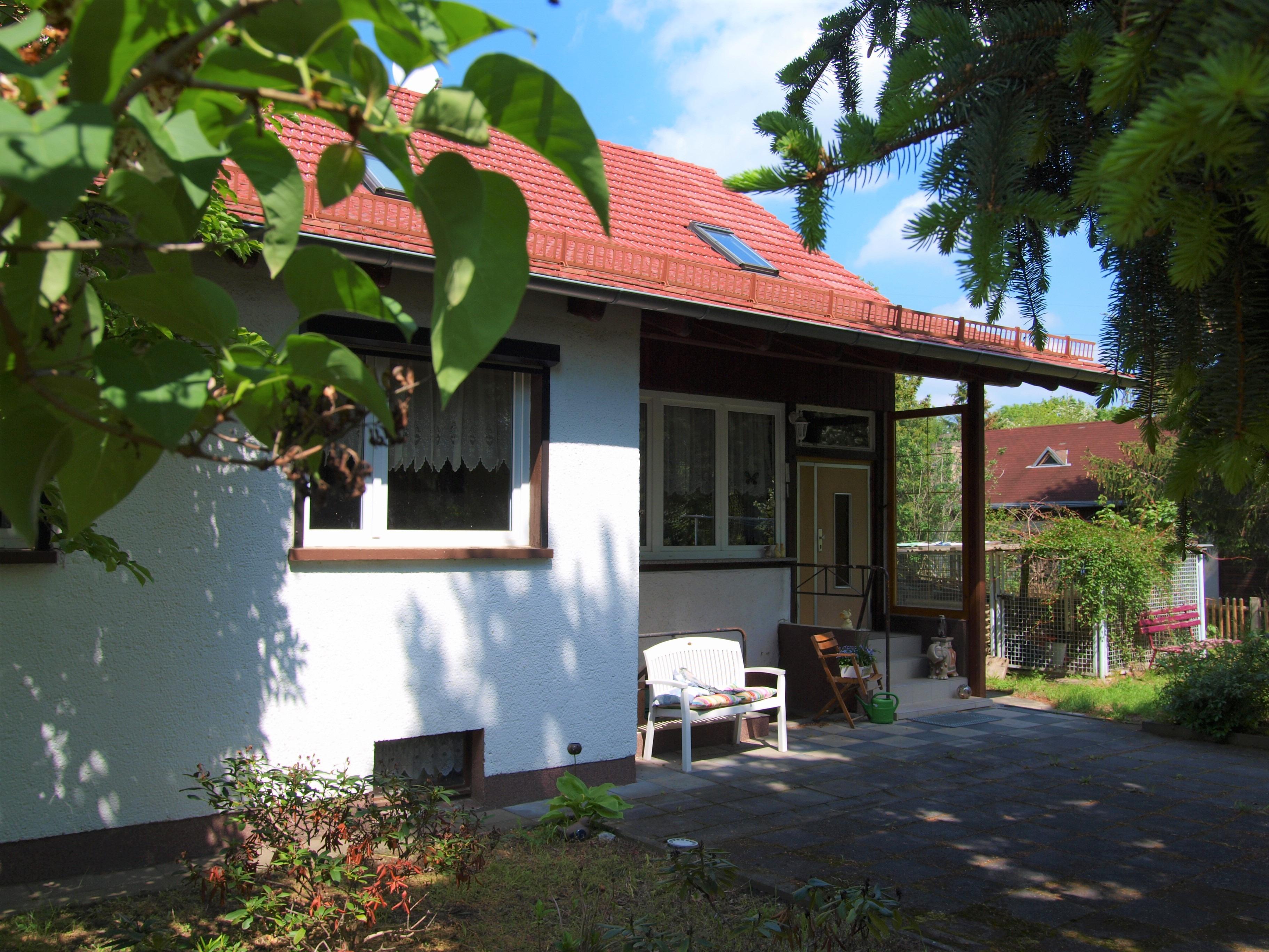 Einfamilienhaus Wörmlitz - Vorderansicht Eingangsbereich