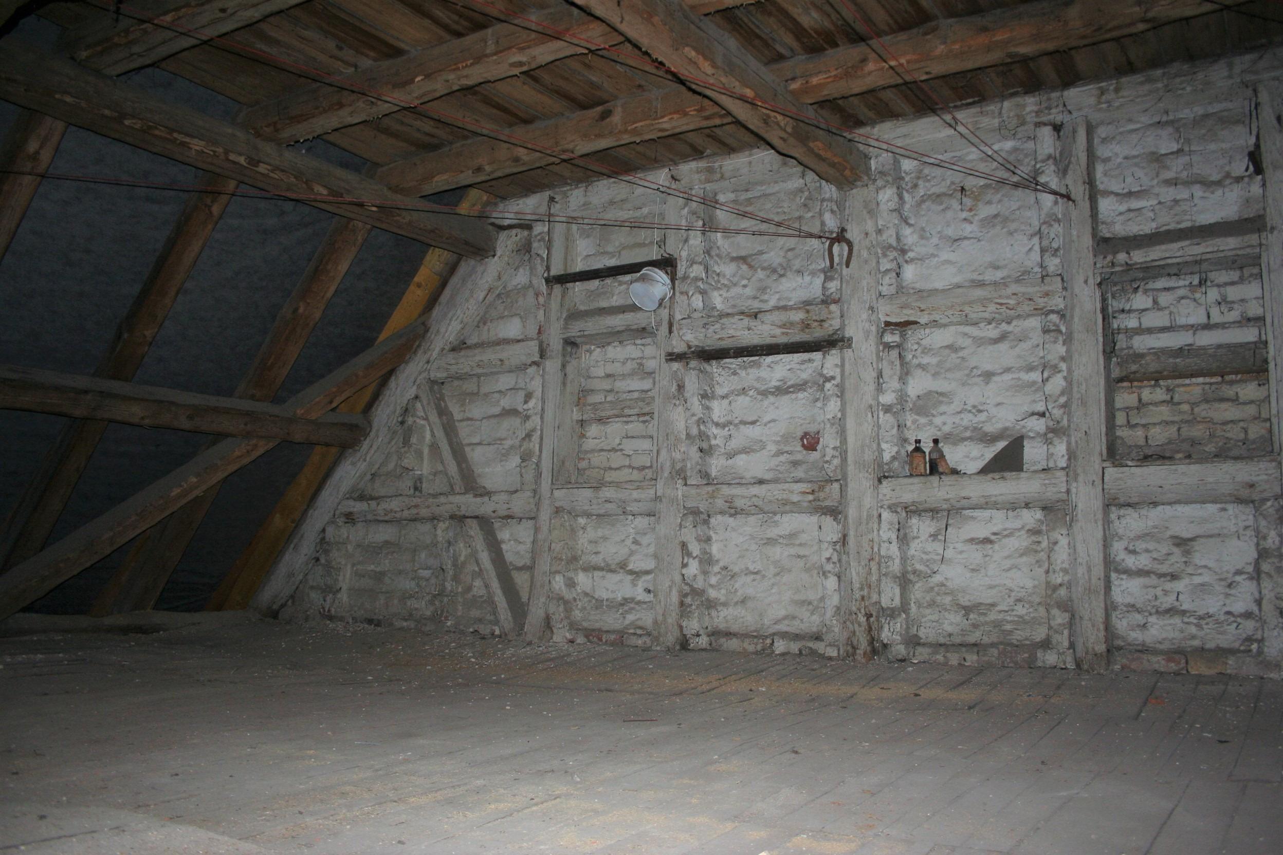 Landsberg Wohnen und Gewerbe - ausbaufähiger Dachboden
