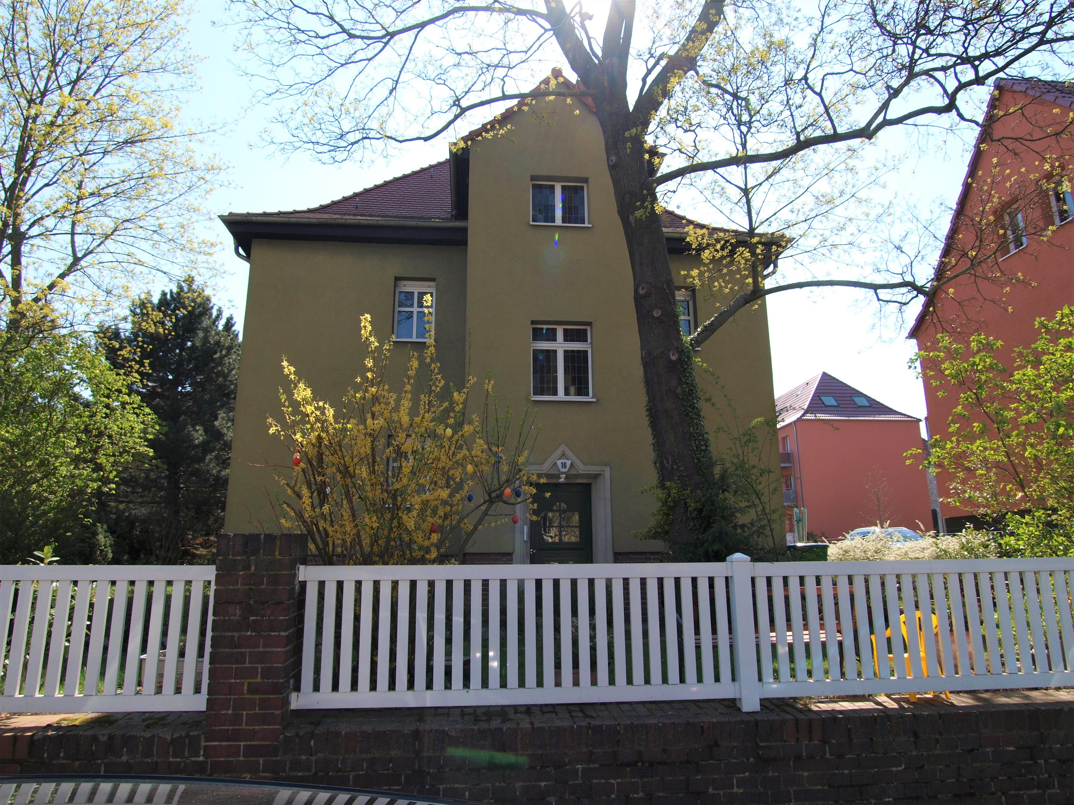 Eigentumswohnung Halle - Straßenansicht