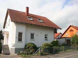 Einfamilienhaus in Angersdorf - Straßenansicht