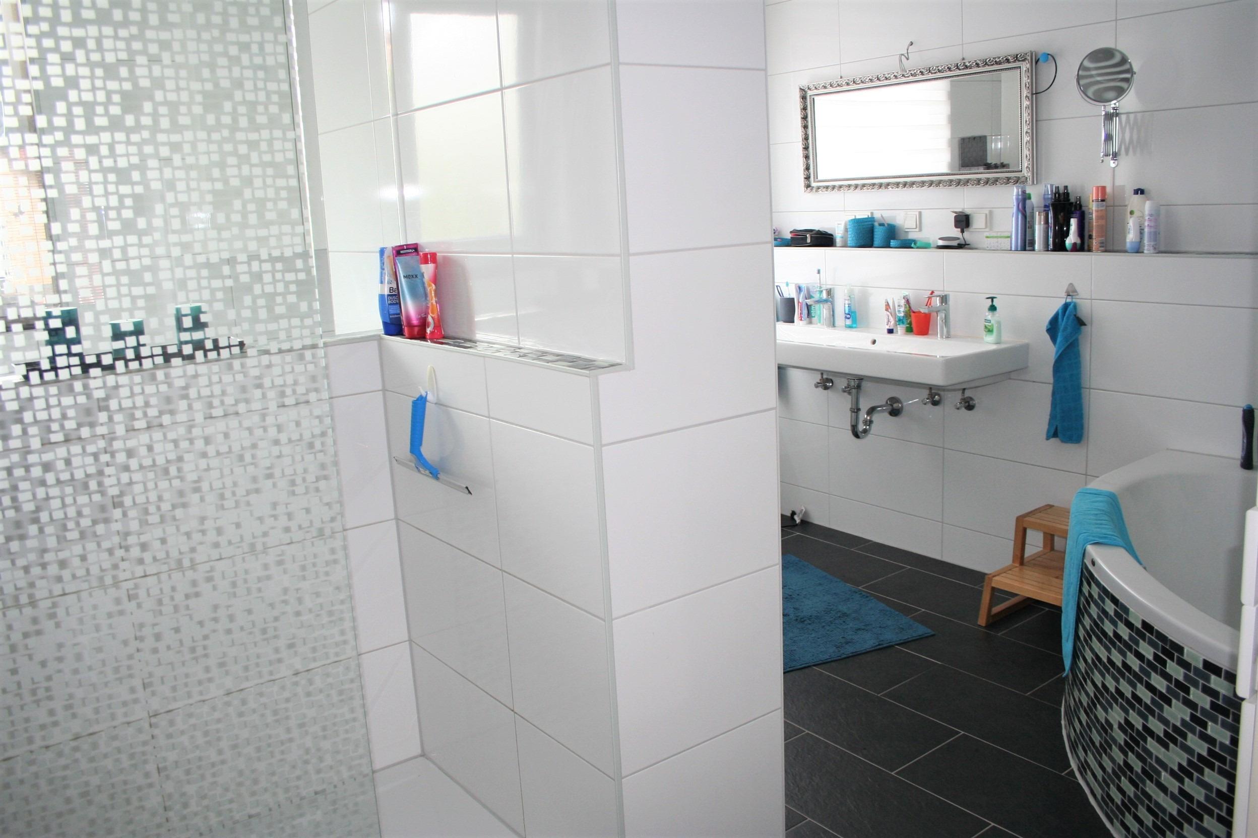 Einfamilienhaus Halle - Badezimmer Teilansicht