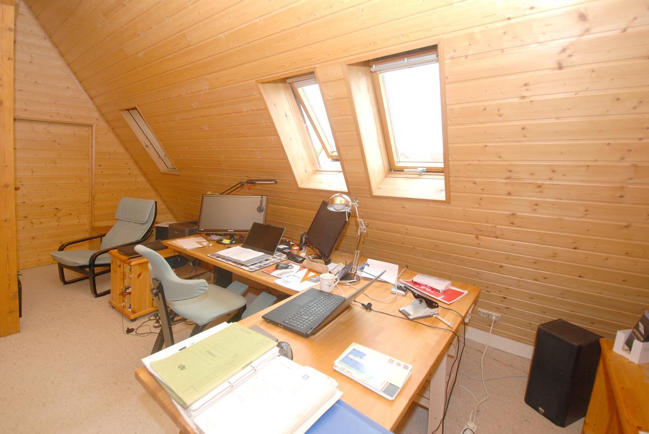 Einfamilienhaus Leuna - Büro im DG