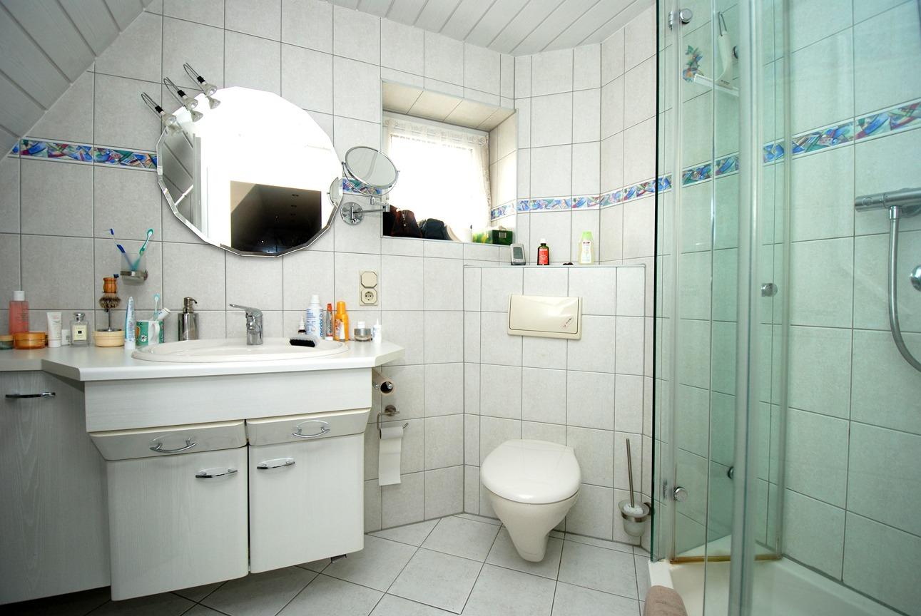 Einfamilienhaus Leuna - Bad im OG
