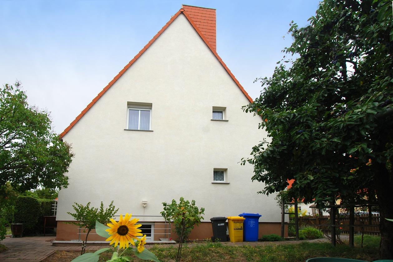 Einfamilienhaus Leuna - Seitenansicht vom Haus