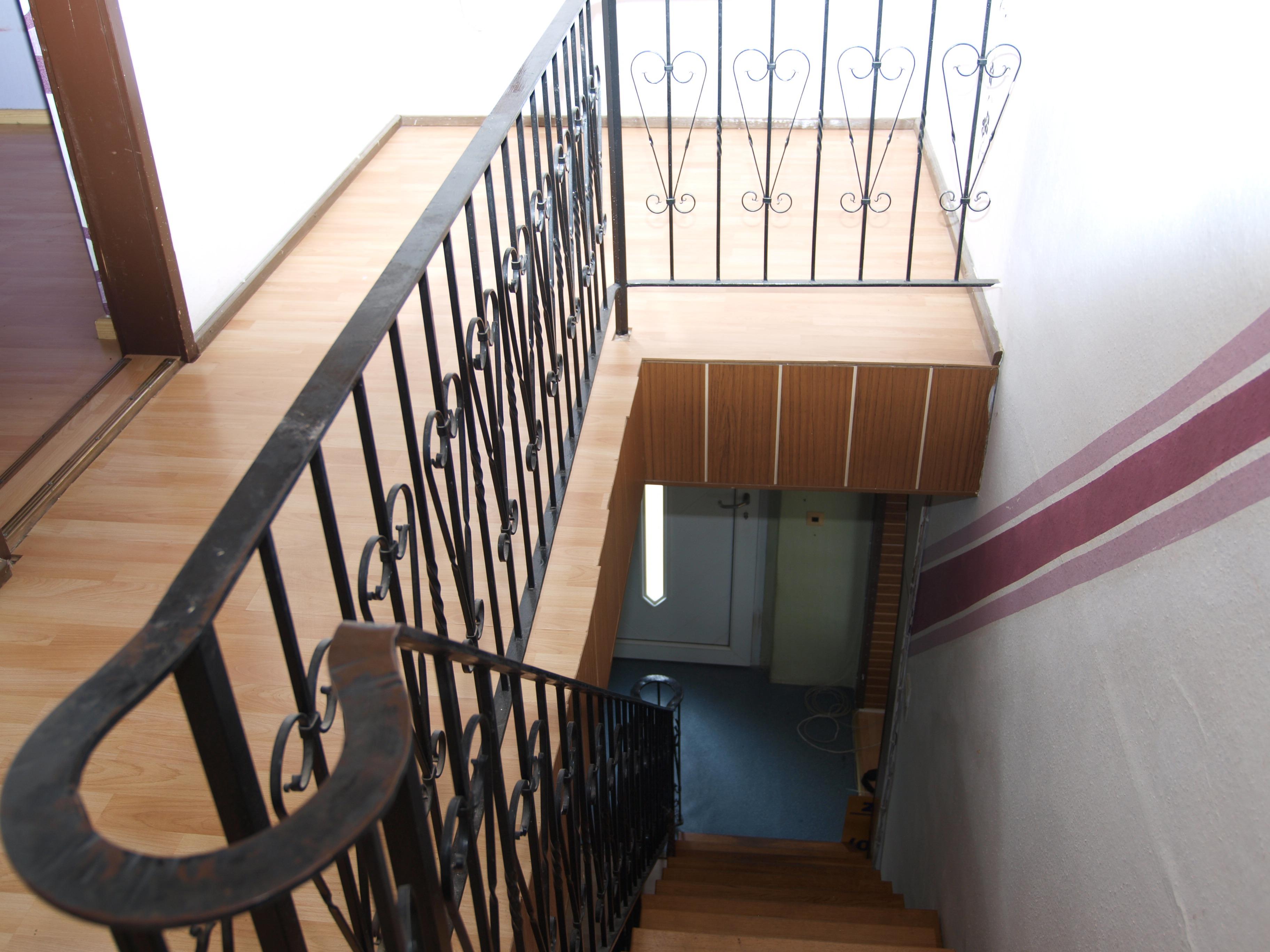 Einfamilienhaus Mansfeld - wunderschönes, besonderes Treppengeländer