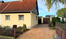 Einfamilienhaus Rosengarten - Straßenansicht