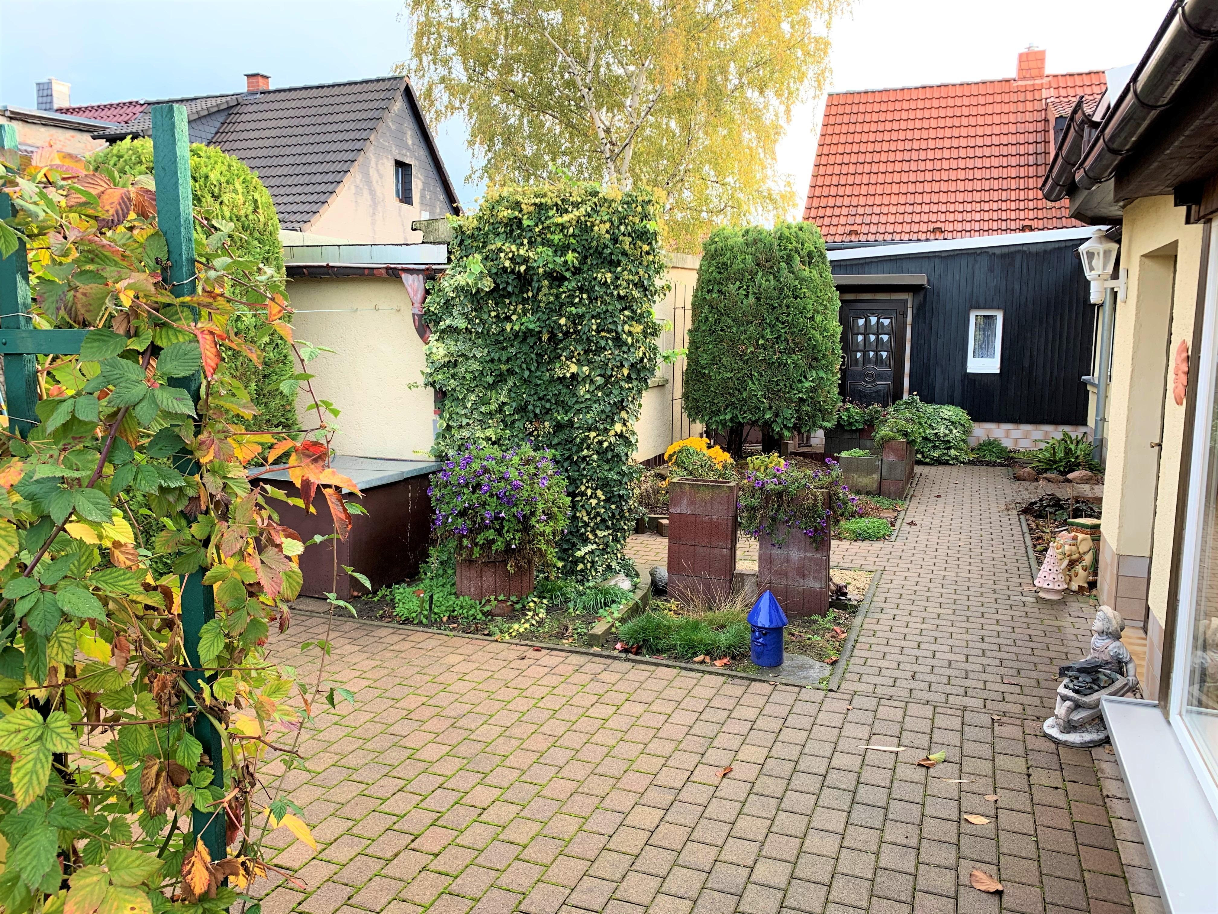 Einfamilienhaus Rosengarten - Hofansicht