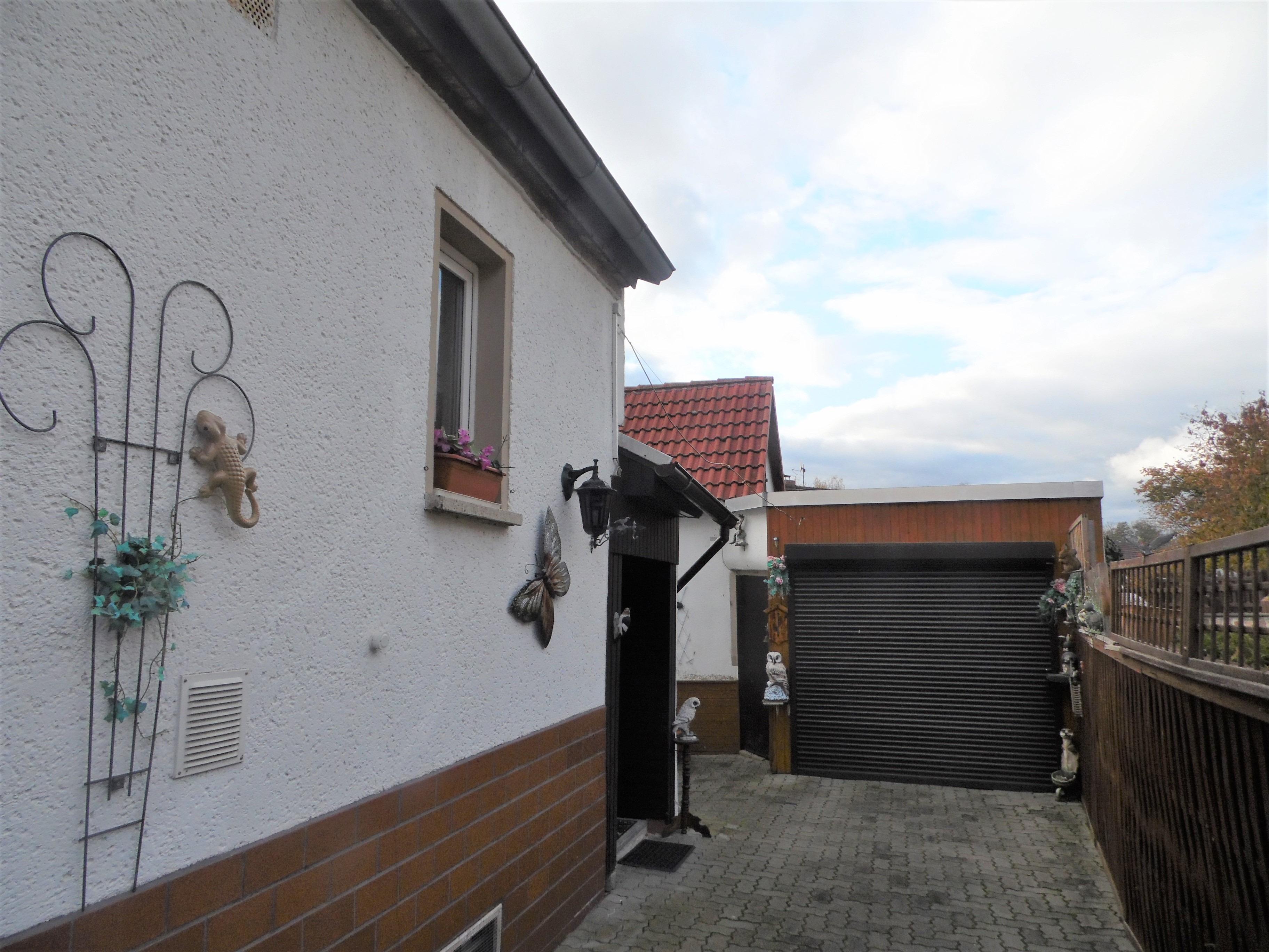 Einfamilienhaus Morl - Garagenzufahrt