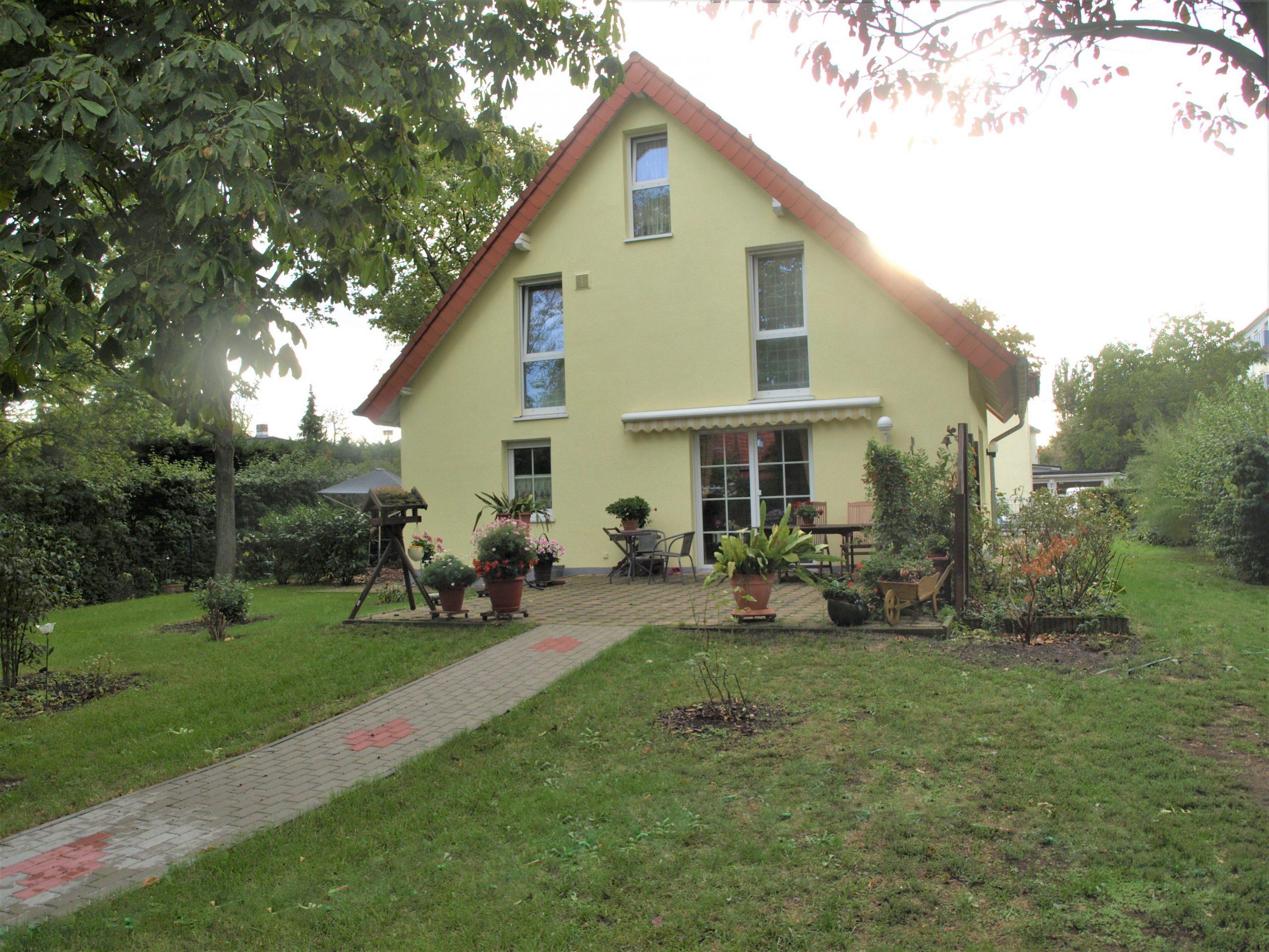 Einfamilienhaus Merseburg - Gartenansicht