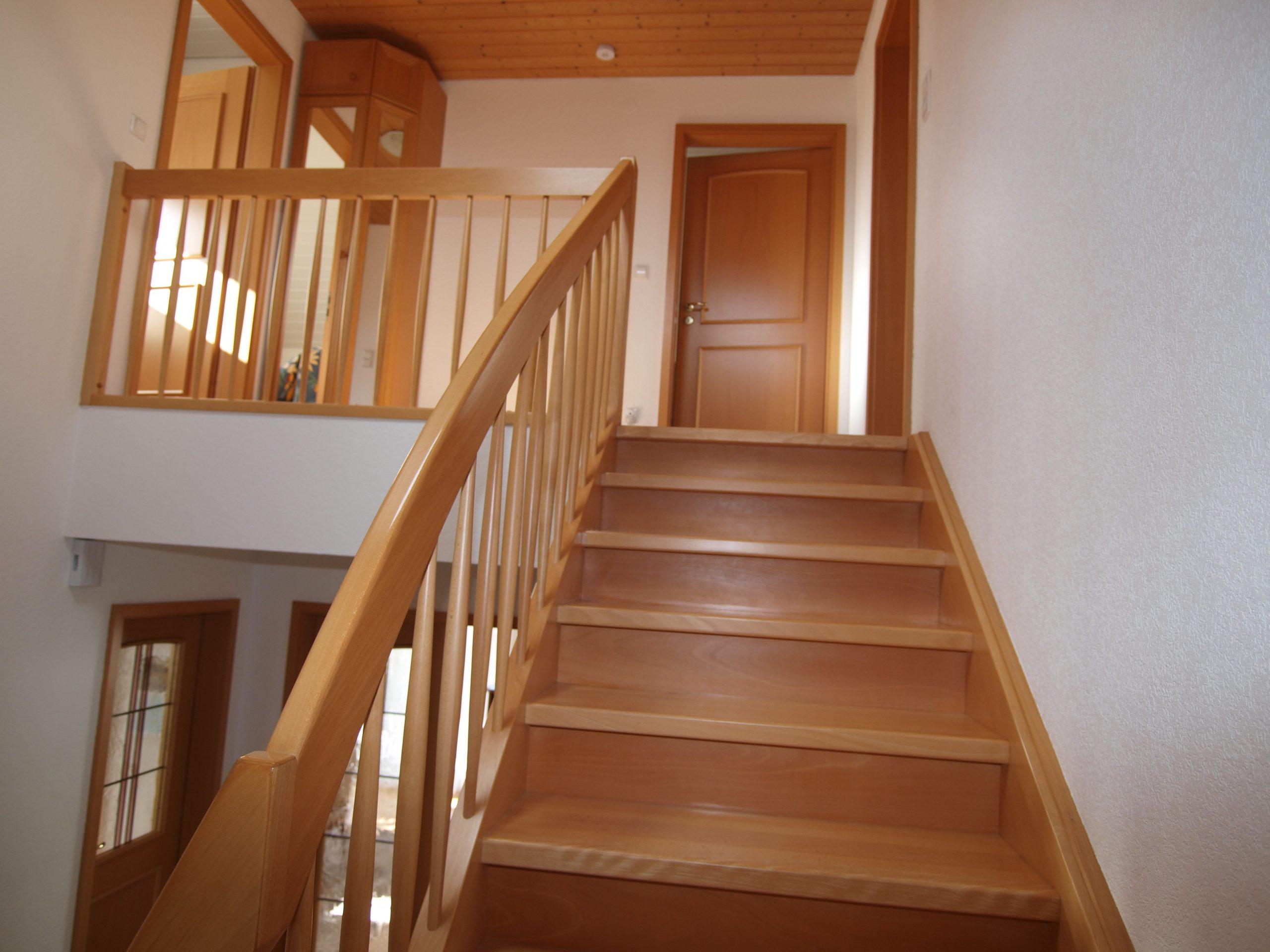Einfamilienhaus Mötzlich - Treppenaufgang