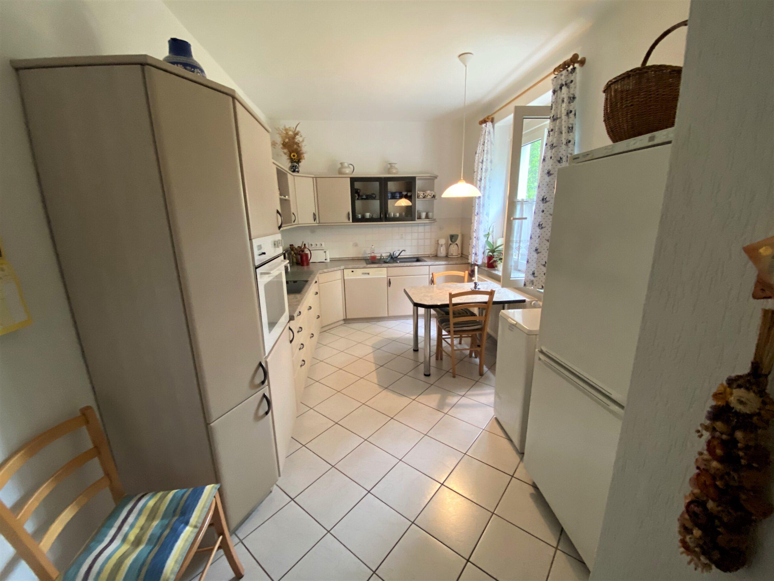 Einfamilienhaus in Leuna - helle, große Küche