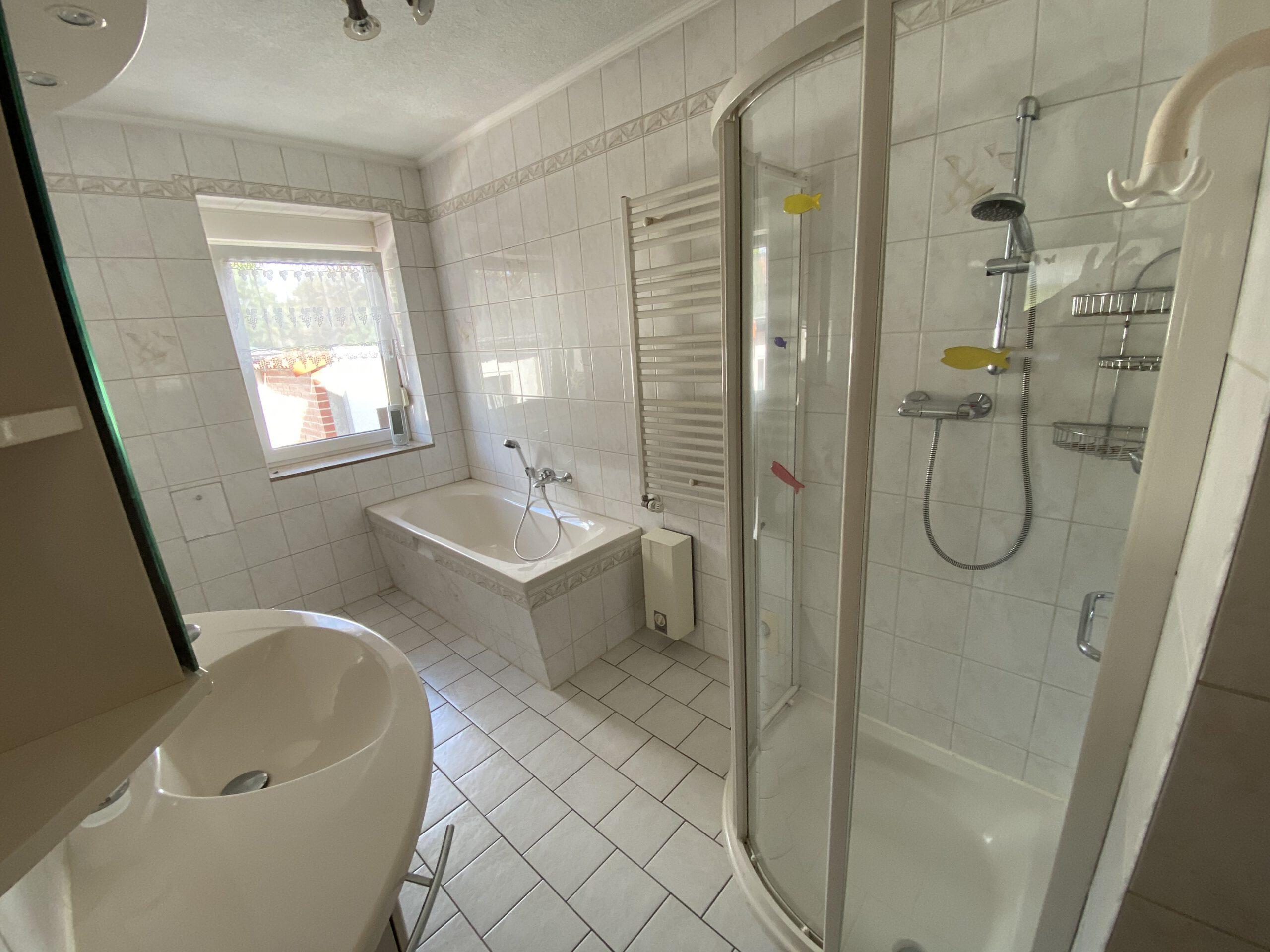 Einfamilienhaus Ellernstraße - Badezimmer