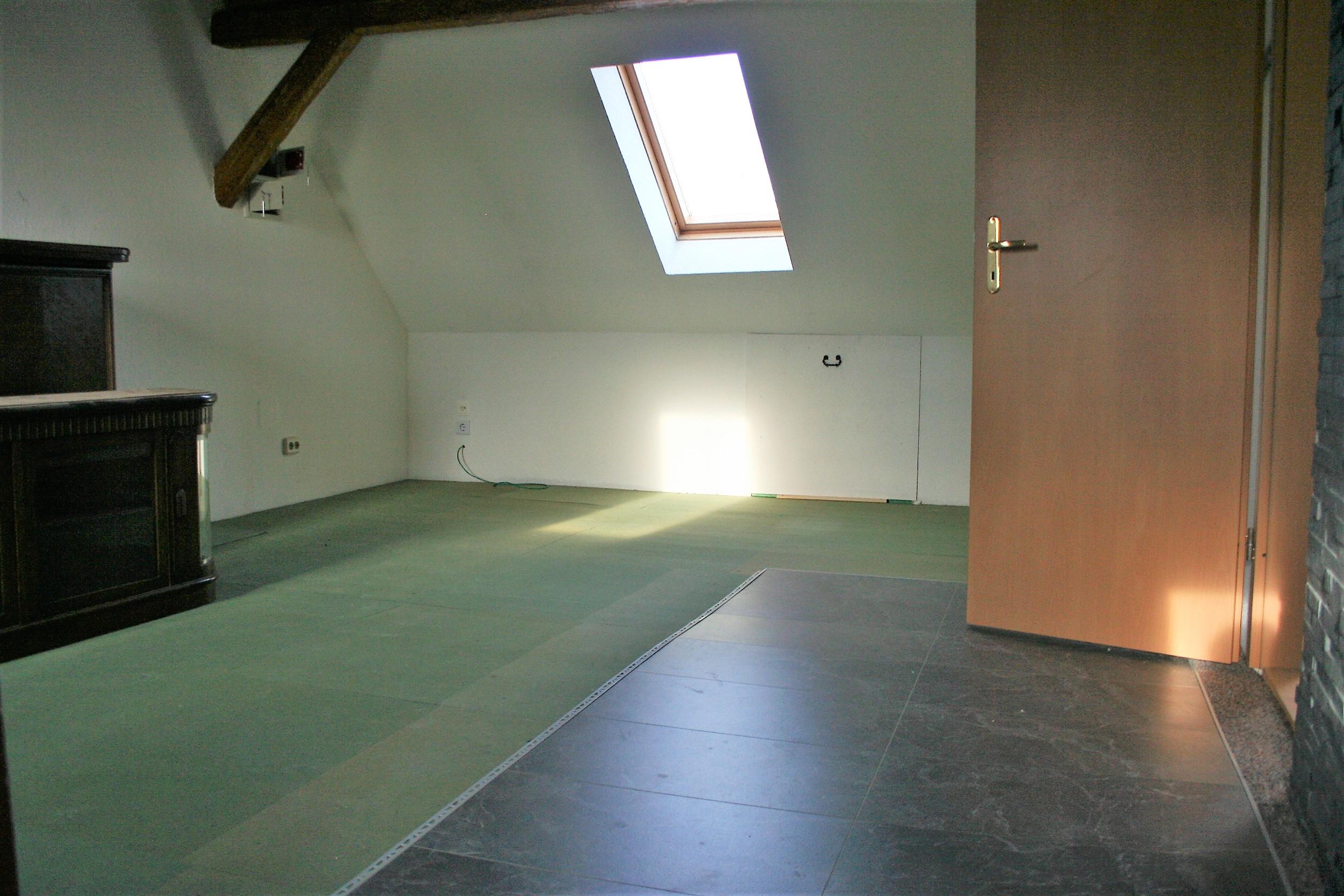 Einfamilienhaus Nietleben - Zimmer im OG