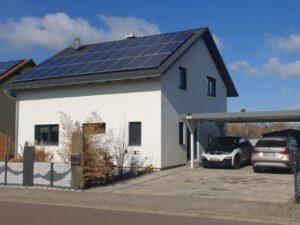 Einfamilienhaus Peterdorf - Straßenansicht