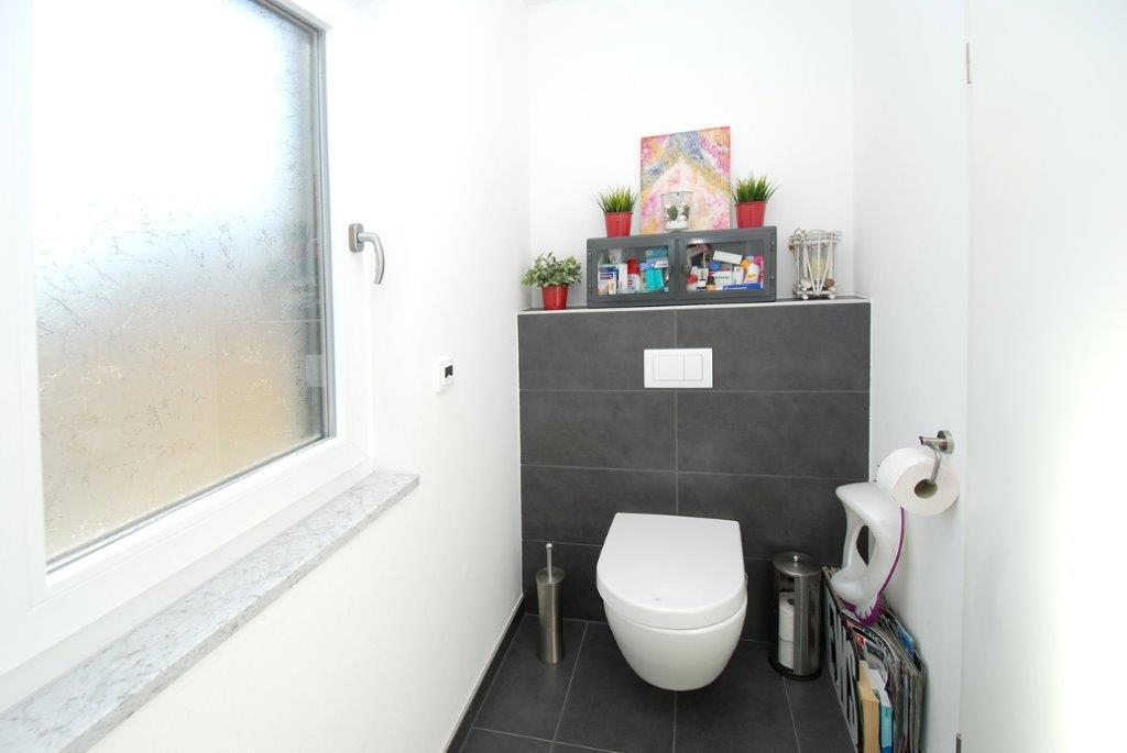 Einfamilienhaus Peterdorf - Gäste-WC
