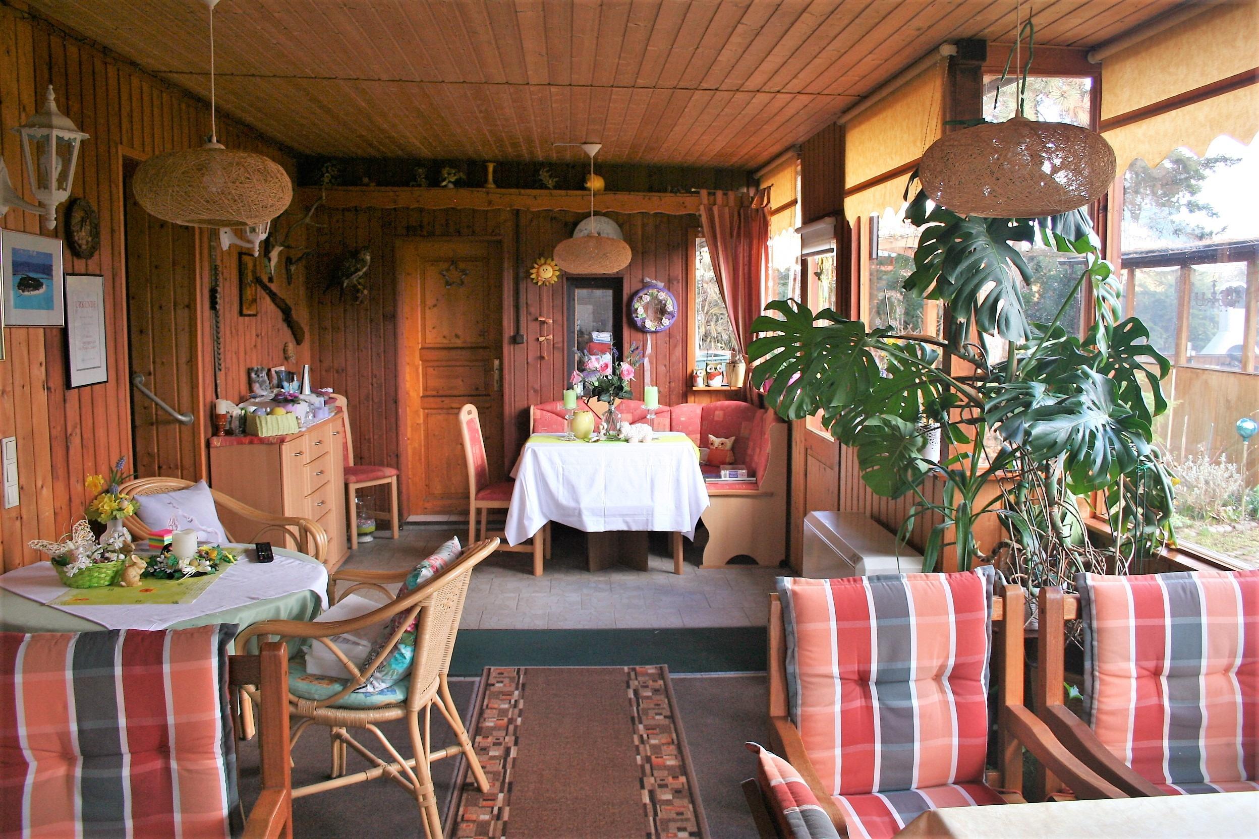 Mehrfamilienhaus/Pension in Peißen - Detail Frühstücksraum