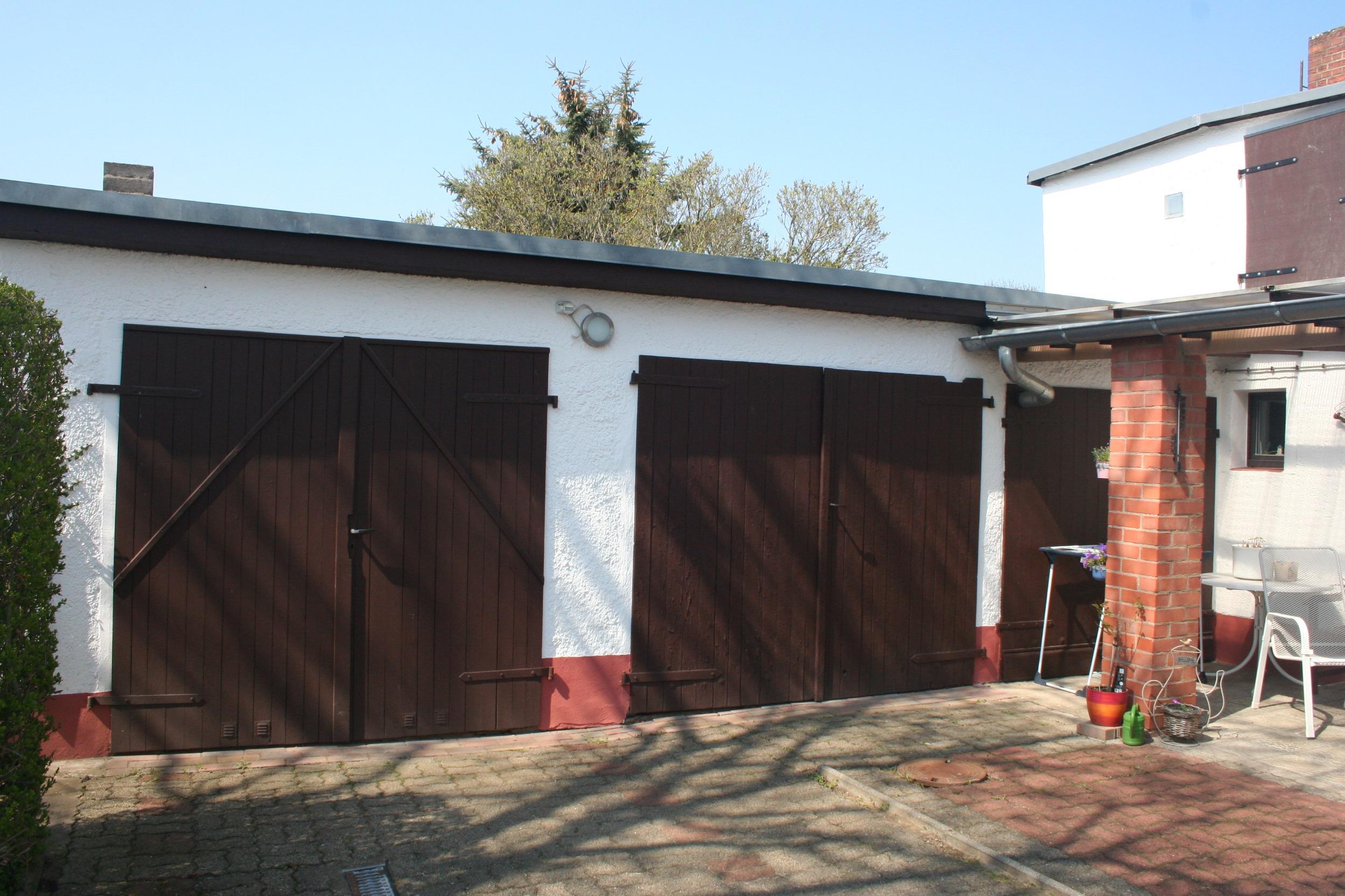 Einfamilienhaus Dautzsch Garagen