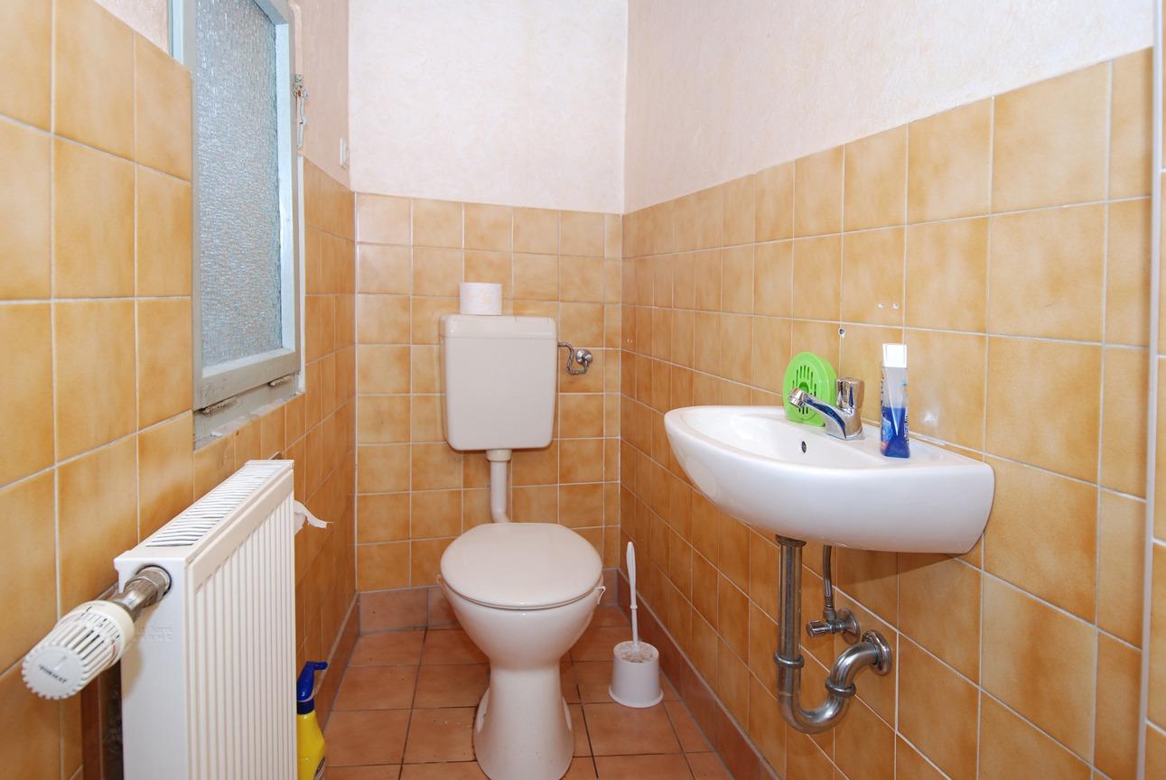 Einfamilienhaus Gerbstedt - WC am Bad