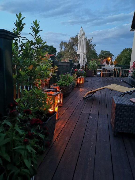Wohn- u. Geschäftshaus - OG Balkon Abendstimmung