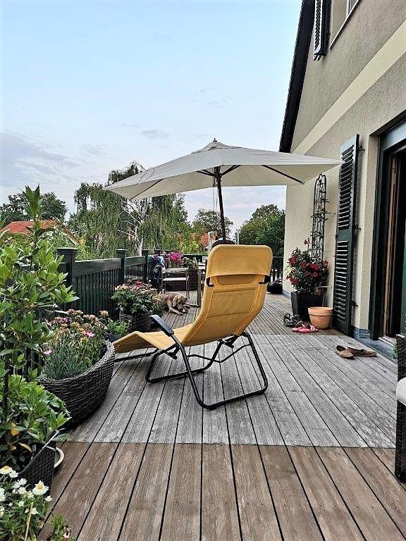 Wohn- u. Geschäftshaus - OG Balkon