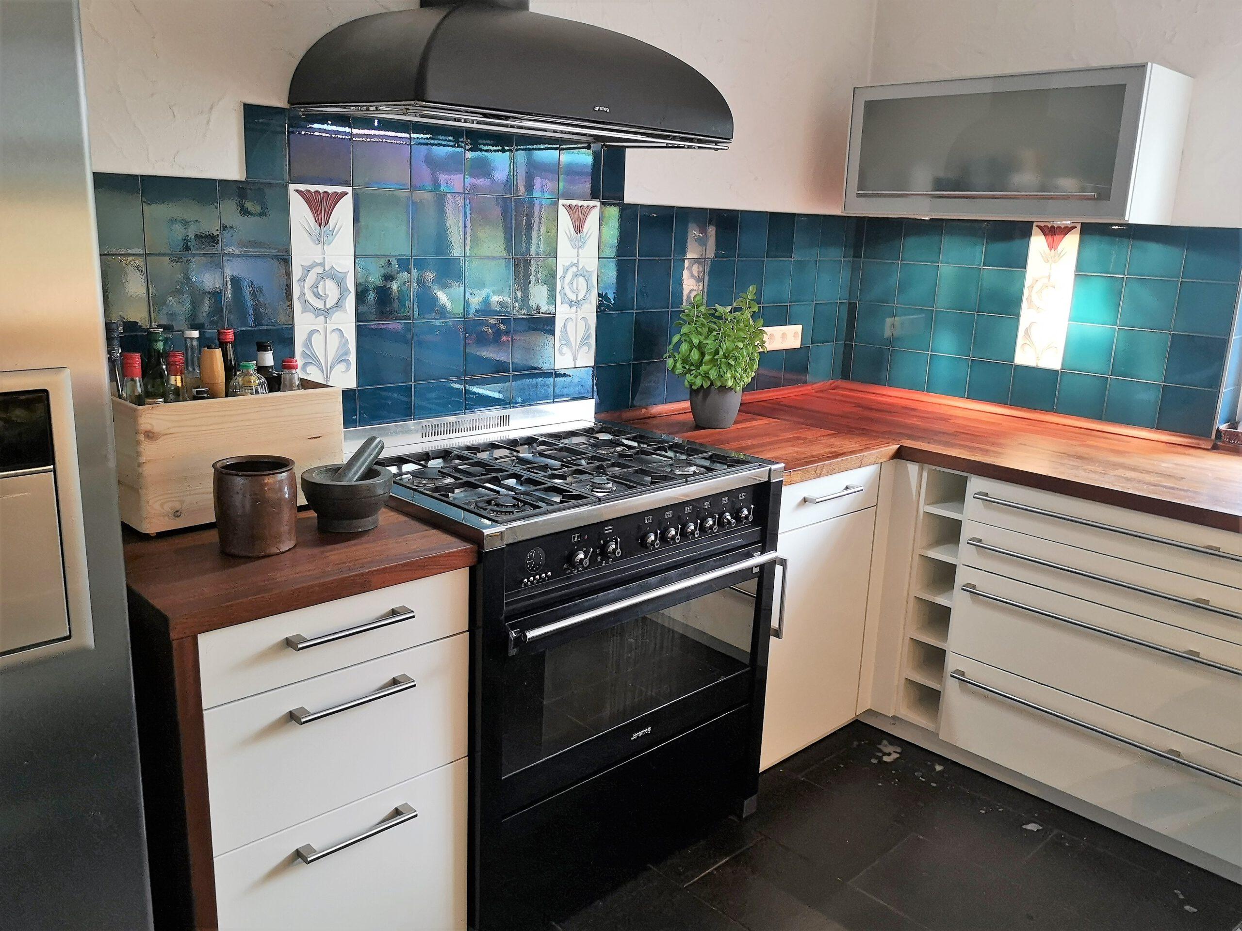 Wohn- u. Geschäftshaus - OG Küche