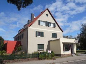 Wohn- u. Geschäftshaus - Straßenansicht