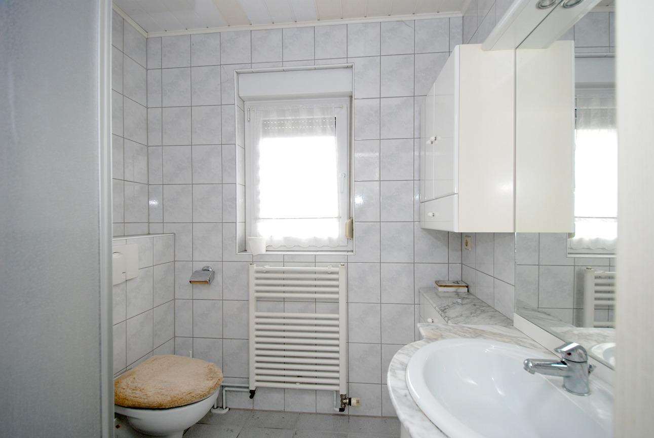 Ein- bis Zweifamilienhaus Frankleben - Duschbad im Obergeschoß
