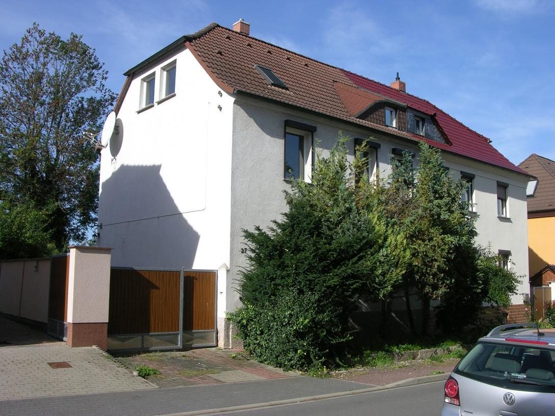 Ein- bis Zweifamilienhaus Frankleben - Straßenansicht