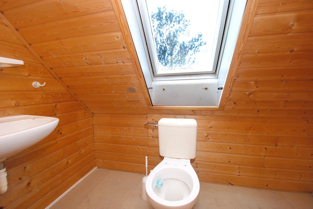 Ein- bis Zweifamilienhaus Frankleben - WC im Dachgeschoß